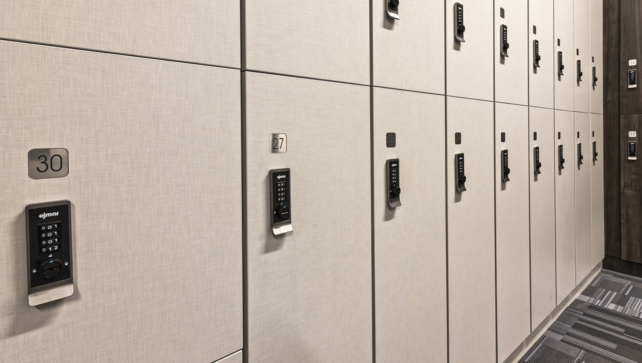 Ojmar Combi Pro combination lock on half lockers